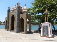 Batticaloa Gate - In Puliyanthivu - Welcome to Batticaloa
