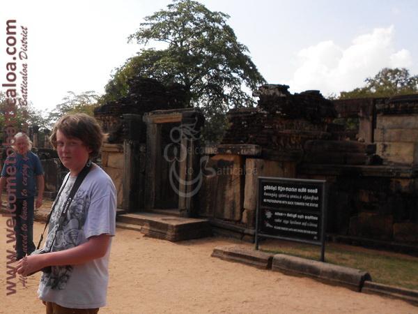 Amara Tours 10 - Sri Lanka - Chauffeur Guide Lecturer