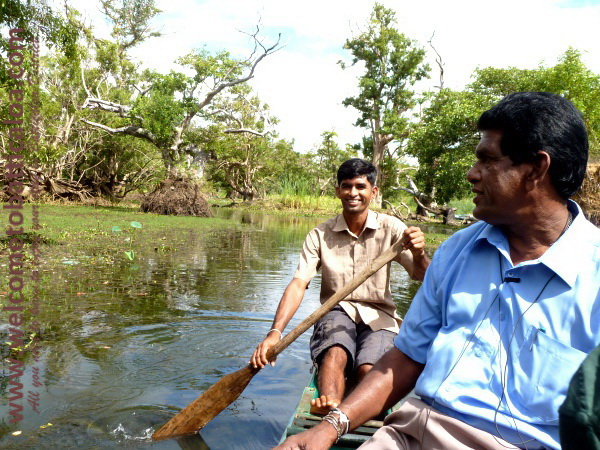 Amara Tours 19 - Sri Lanka - Chauffeur Guide Lecturer