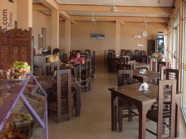 Sri Kishna Cafe 16 - Batticaloa Restaurant - Welcome to Batticaloa