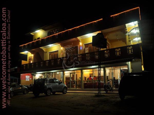 Sri Kishna Cafe 18 - Batticaloa Restaurant - Welcome to Batticaloa