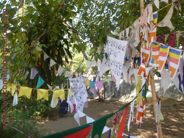 Sri Mangalarama Buddhist Temple 05 - Welcome to Batticaloa