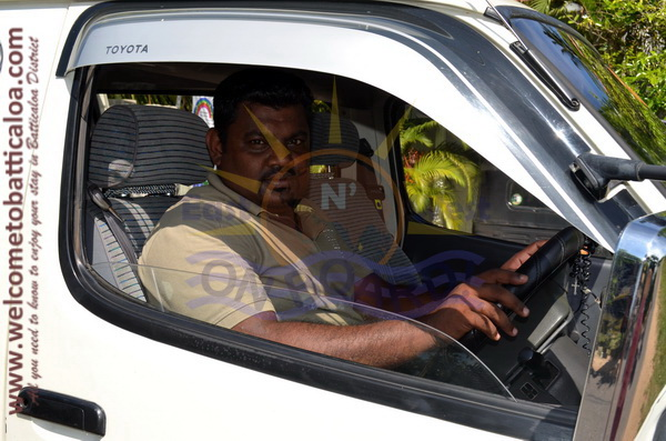 East N' West on Board 25 - Drivers Vehicles Guides Vans Cars Auto - Batticaloa Passikudah