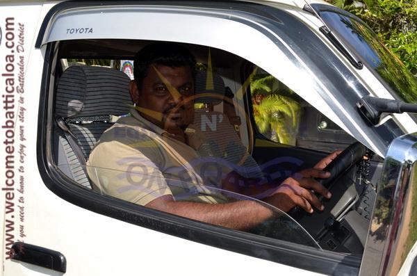 East N' West on Board 25 - Drivers Vehicles Guides Vans Cars Auto - Batticaloa Passikudah