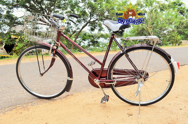 03 - Bicycle rental Batticaloa - East N' West on Board