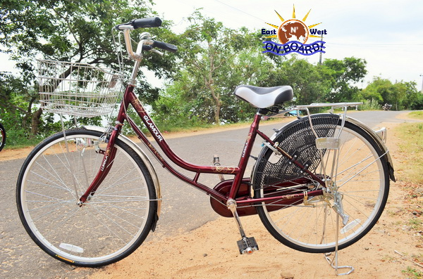 06 - Bicycle rental Batticaloa - East N' West on Board