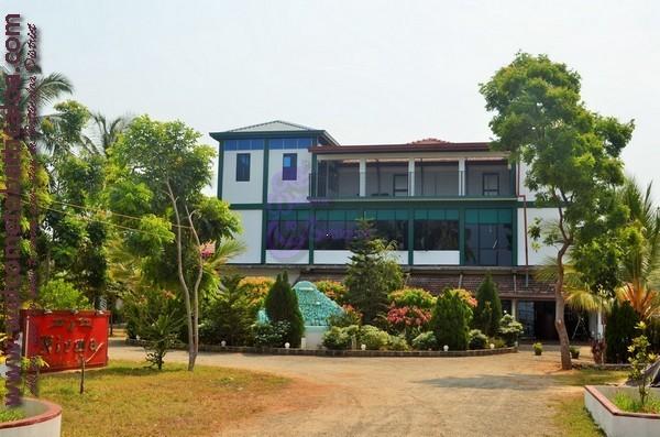 04 - Nirma Shadow Inn - Passikudah Guesthouse
