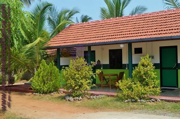 26 - Nirma Shadow Inn - Passikudah Guesthouse